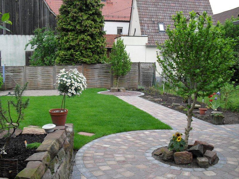 garten und landschaftsbau vorher nachher haus design ideen. Black Bedroom Furniture Sets. Home Design Ideas